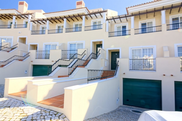 Home_for_sale_in_Vilamoura_EMA11801
