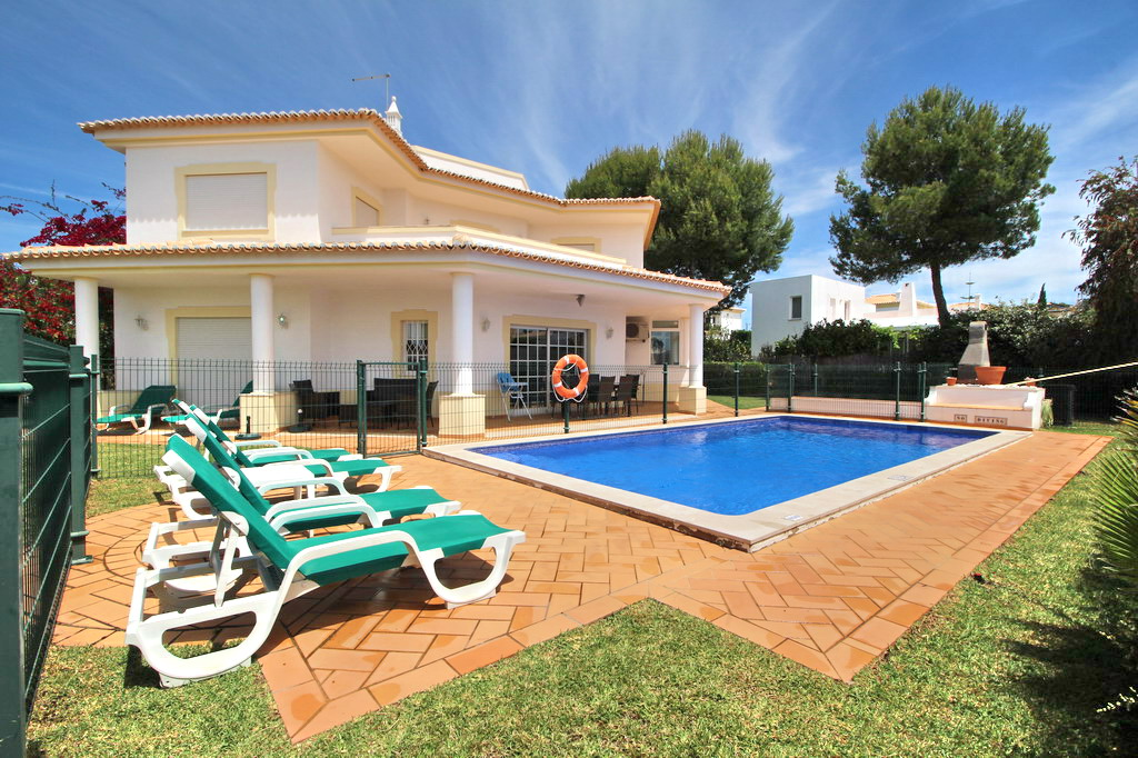 Villa_for_sale_in_Albufeira_SMA13773