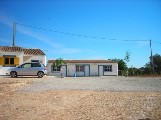 Guesthouse_for_sale_in_Albufeira_CPA5733